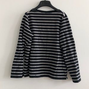 Uniqlo black & white striped boat neck long sleeve